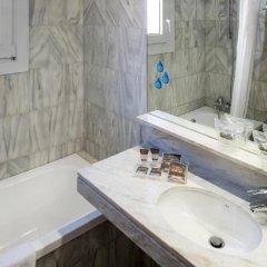 Отель Catalonia Castellnou ванная фото 2