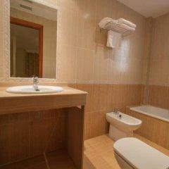 Отель La Higuera Испания, Гуэхар-Сьерра - отзывы, цены и фото номеров - забронировать отель La Higuera онлайн ванная