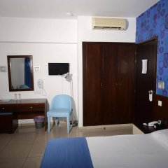 Les Palmiers Beach Hotel in Larnaca, Cyprus from 124$, photos, reviews - zenhotels.com guestroom photo 4