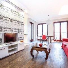 Апартаменты Pokorna Apartments комната для гостей фото 4