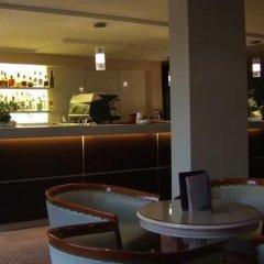 Отель Fly On гостиничный бар