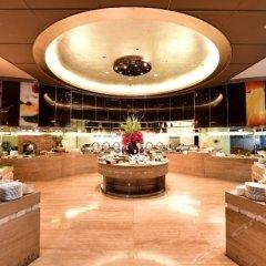 Отель Wyndham Grand Plaza Royale Oriental Shanghai Китай, Шанхай - отзывы, цены и фото номеров - забронировать отель Wyndham Grand Plaza Royale Oriental Shanghai онлайн питание фото 3