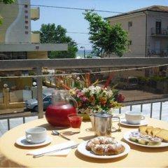 Отель Piccari Римини балкон