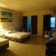 Отель Silver Seas Hotel Ямайка, Очо-Риос - 1 отзыв об отеле, цены и фото номеров - забронировать отель Silver Seas Hotel онлайн комната для гостей фото 4
