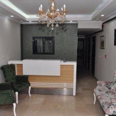 Monarch Hotel интерьер отеля