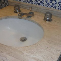 Отель Steinhaus Suites Emilio Castelar Мехико ванная
