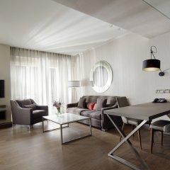 Отель Holiday Suites Афины комната для гостей фото 5