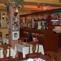 Отель Ricos Bungalows Kata гостиничный бар