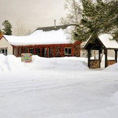 Отель Rose Cottage Bed & Breakfast парковка