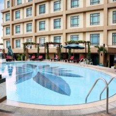 Pullman Hanoi Hotel бассейн фото 3
