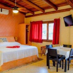 Отель Bungalows La Madera Мексика, Сиуатанехо - отзывы, цены и фото номеров - забронировать отель Bungalows La Madera онлайн комната для гостей фото 3