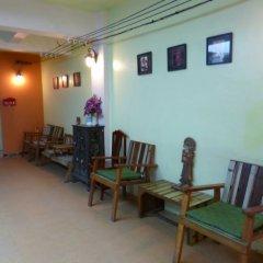 Отель Sawasdee Khaosan Inn Бангкок интерьер отеля фото 3