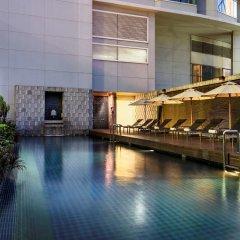 Отель Pullman Bangkok Grande Sukhumvit бассейн