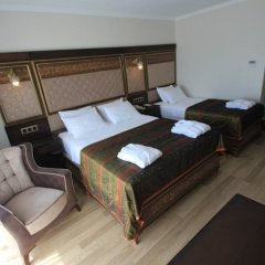 Отель Royal Palace Kusadasi комната для гостей фото 5