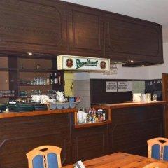 Отель Gejzir Чехия, Карловы Вары - 2 отзыва об отеле, цены и фото номеров - забронировать отель Gejzir онлайн гостиничный бар