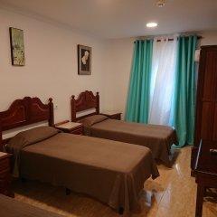 Hotel Manantiales Торремолинос комната для гостей фото 3