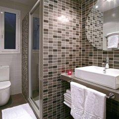Отель Blanc Guest House Барселона ванная фото 2