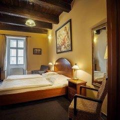 Отель & Residence U Tri Bubnu Чехия, Прага - 12 отзывов об отеле, цены и фото номеров - забронировать отель & Residence U Tri Bubnu онлайн комната для гостей фото 4
