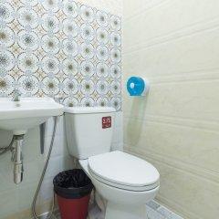 Отель Cozy TownHouse HuaLampong Бангкок ванная