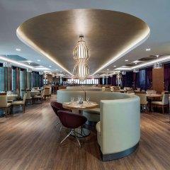 Отель DoubleTree by Hilton Istanbul Topkapi гостиничный бар