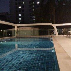 Отель Le Tada Parkview Бангкок бассейн фото 2