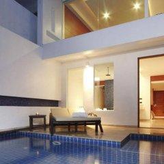 Отель La Flora Resort Patong бассейн фото 4