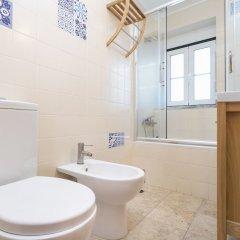 Отель Alfama Duplex by Homing ванная фото 2