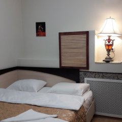 Гостиница Столичная комната для гостей фото 8