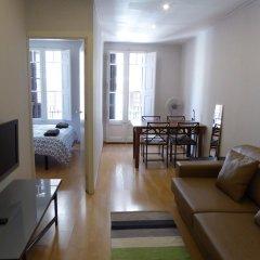 Отель Aparteasy   Your Rental Solution Барселона комната для гостей