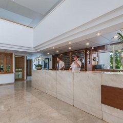 Отель Aparthotel Ponent Mar Испания, Пальманова - 1 отзыв об отеле, цены и фото номеров - забронировать отель Aparthotel Ponent Mar онлайн интерьер отеля