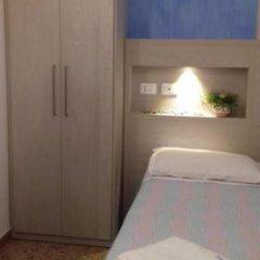 Hotel Nella Римини парковка