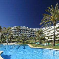 Отель Coral Beach Aparthotel бассейн фото 2