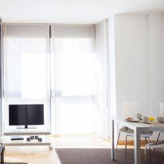 Апартаменты Feelathome Poblenou Beach Apartments Барселона комната для гостей