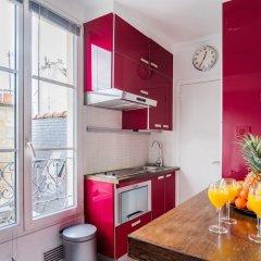 Апартаменты Le Marais - Place des Vosges Apartment в номере фото 2