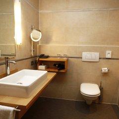 Отель Four Points by Sheraton Bolzano Больцано ванная фото 2