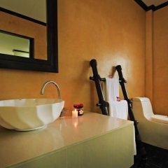Отель The Villa Laemhin Lagoon Resort ванная