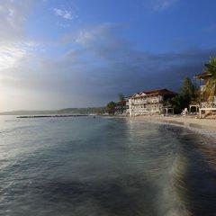 Отель Mangos Boutique Beach Resort пляж фото 2