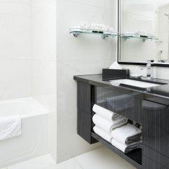 Отель Granville Island Hotel Канада, Ванкувер - отзывы, цены и фото номеров - забронировать отель Granville Island Hotel онлайн ванная