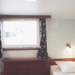 Stf Rygerfjord Hotel & Hostel Стокгольм сейф в номере