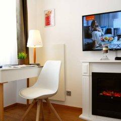 Отель Dom Hotel Am Römerbrunnen Германия, Кёльн - 1 отзыв об отеле, цены и фото номеров - забронировать отель Dom Hotel Am Römerbrunnen онлайн удобства в номере фото 2