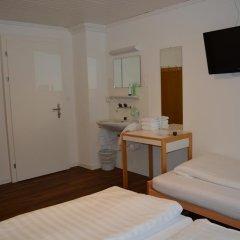 Отель Frieden Швейцария, Давос - отзывы, цены и фото номеров - забронировать отель Frieden онлайн удобства в номере фото 2