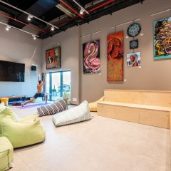 The Spot Hostel Тель-Авив интерьер отеля