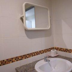 Отель Nine Inn at Town ванная фото 2
