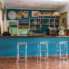 Отель Hostal Valencia гостиничный бар