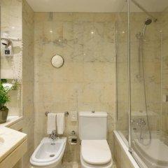 Отель Dom Carlos Park Лиссабон ванная фото 2