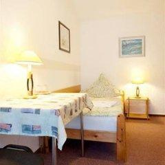 Отель Pension Röhrborn Германия, Лейпциг - отзывы, цены и фото номеров - забронировать отель Pension Röhrborn онлайн комната для гостей фото 5
