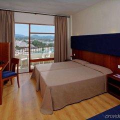 Отель Alua Hawaii Ibiza сейф в номере