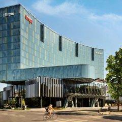 Отель Hilton Tallinn Park Таллин вид на фасад