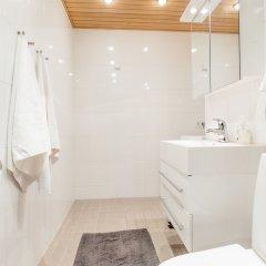 Отель Go Happy Home Apartments Финляндия, Хельсинки - отзывы, цены и фото номеров - забронировать отель Go Happy Home Apartments онлайн ванная