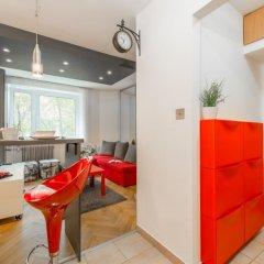 Апартаменты Rondo ONZ P&O Apartments комната для гостей фото 2